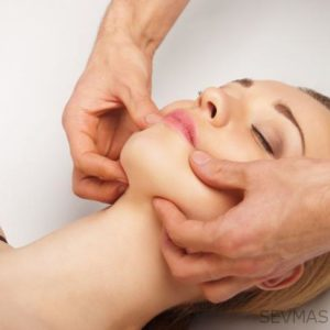 Фитнес формирующий массаж лица